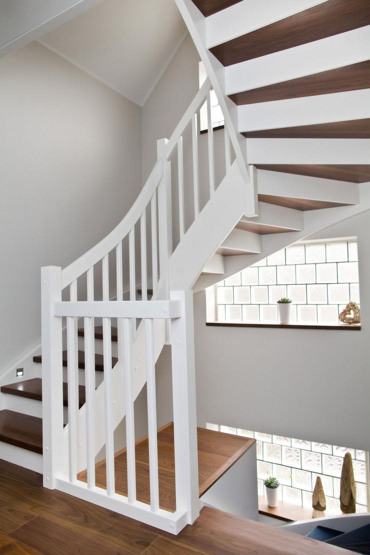 Bild 5: Holztreppe