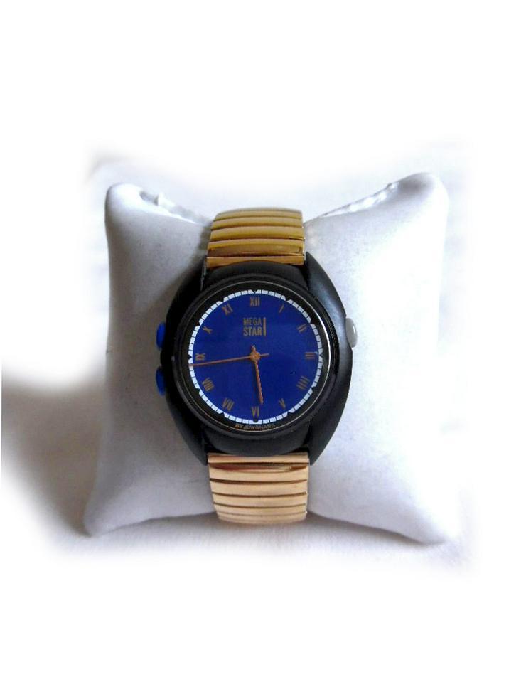 Armbanduhr von Junghans Mega Star