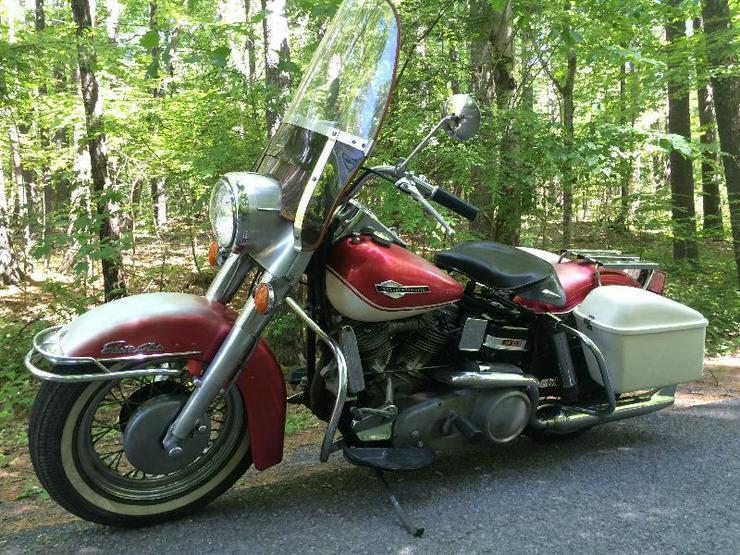 1965 Harley Davidson FLH