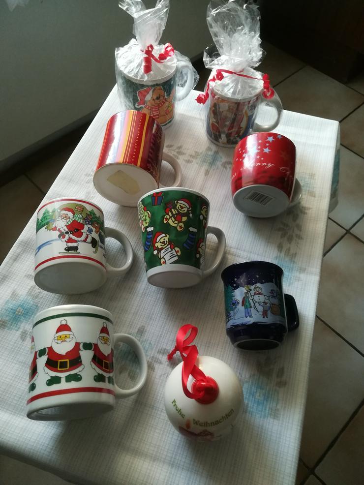 Bild 6: Plätzchendose und Weihnachtstassen