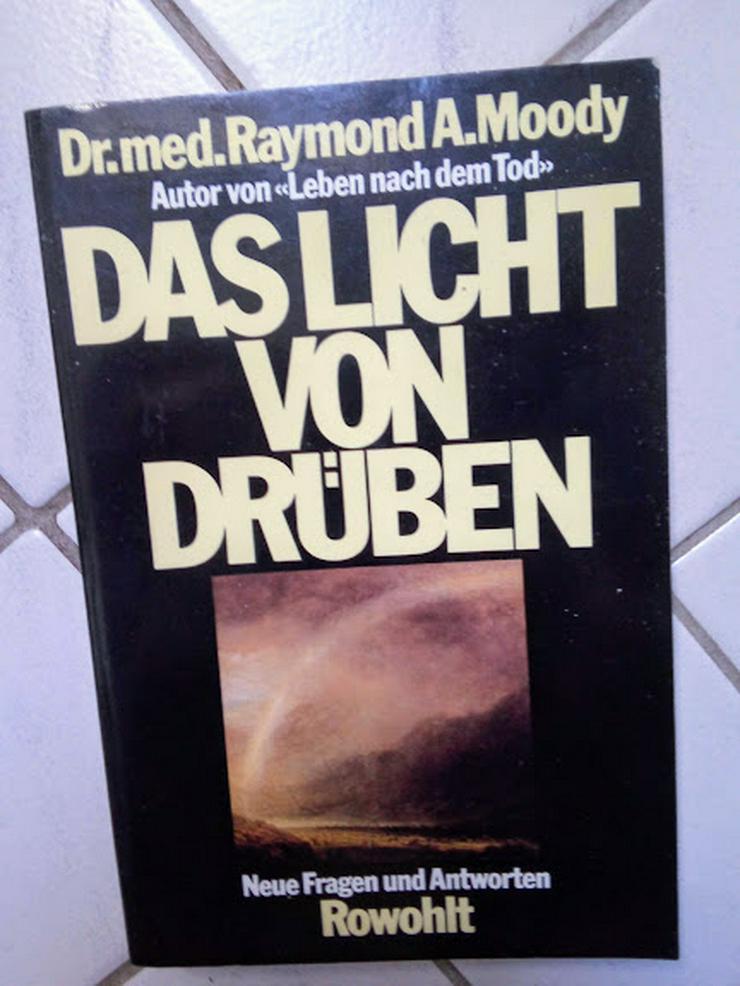 tb Das Licht von drüben Dr. Med. Raymond A. Moody