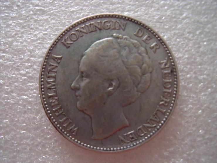 Bild 7: Gans  welt  Reichsmark  mit  SILBER  Verschiedene  Münze.