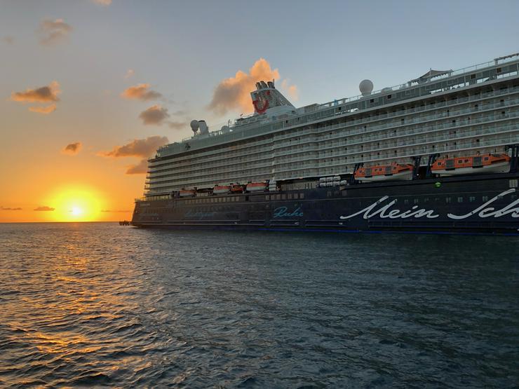 Reisebegleitung (W) für Karibikkreuzfahrt gesucht! !!!