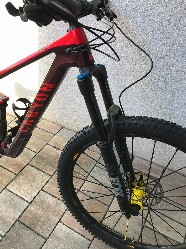 Bild 4: Canyon Strive CF 5.0 29 Mountainbike