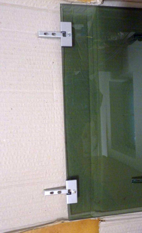 Bild 2: 2 Rauchglastüren 48 x 45 cm, 5 mm dick, mit Scharnieren