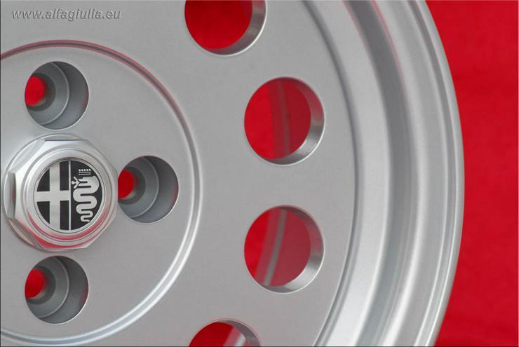 Bild 3: 4 Alfa Romeo Felgen Alfetta GTV 75 164 Felgen 7x15 TUV