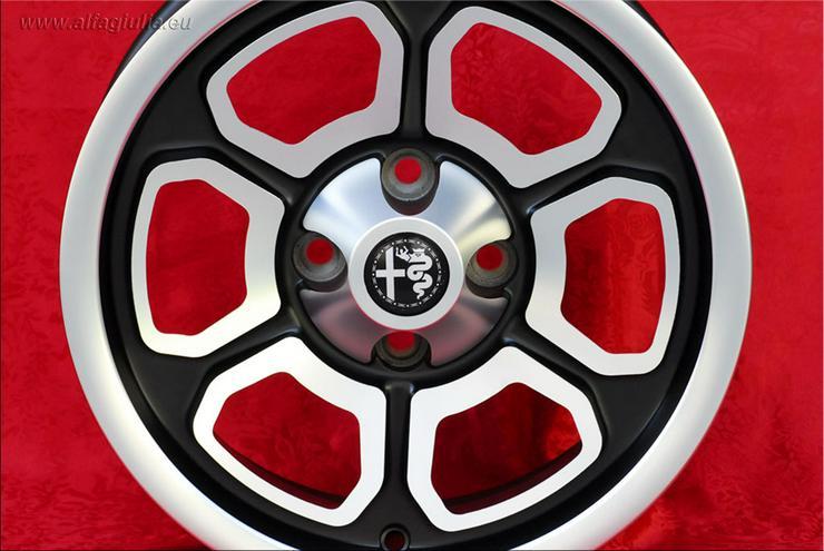 Bild 3: 4 Felgen Momo Vega Nachbau Alfa Romeo Giulia GT 6x14 Schwarz