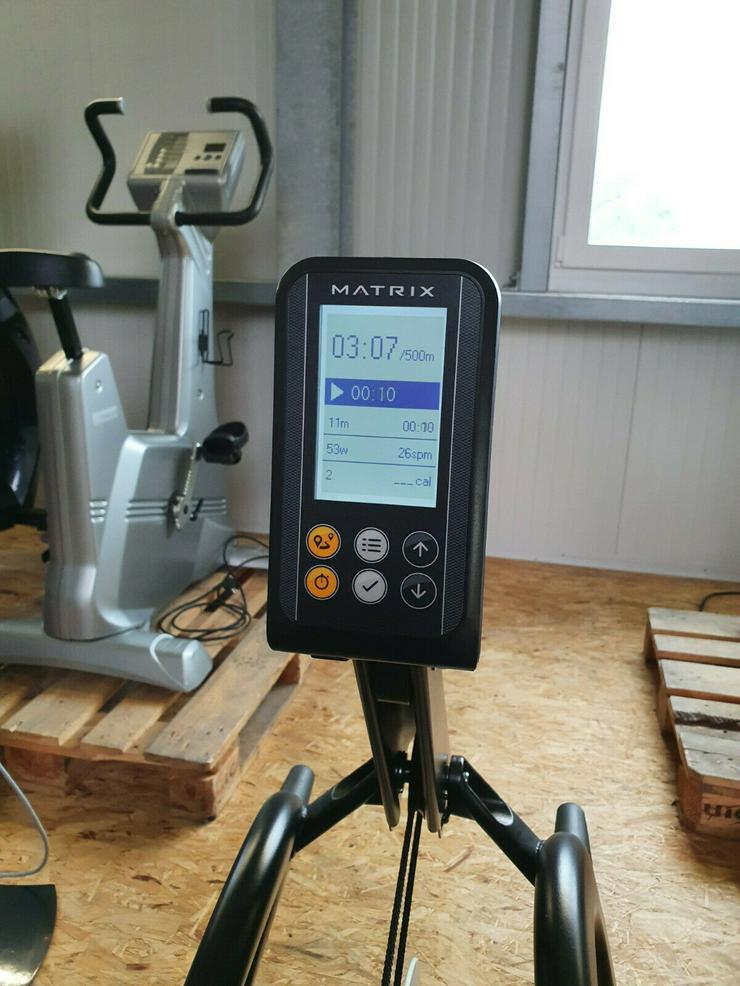 Bild 4: MATRIX MX16 Ruder Gerät Rower Rudern