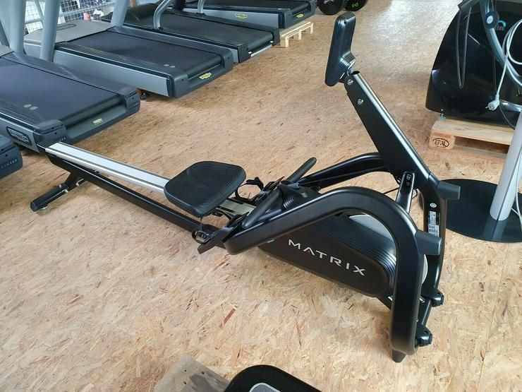 Bild 2: MATRIX MX16 Ruder Gerät Rower Rudern