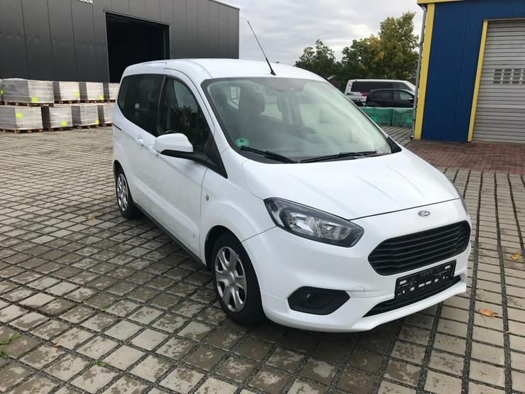Ford Tourneo Courier 1.5 TDCI,74 KW