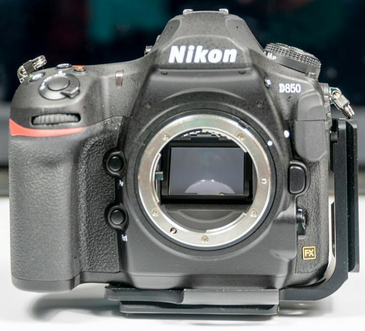 Nikon D850 mit 3 Objektiven und Zubehörpaket