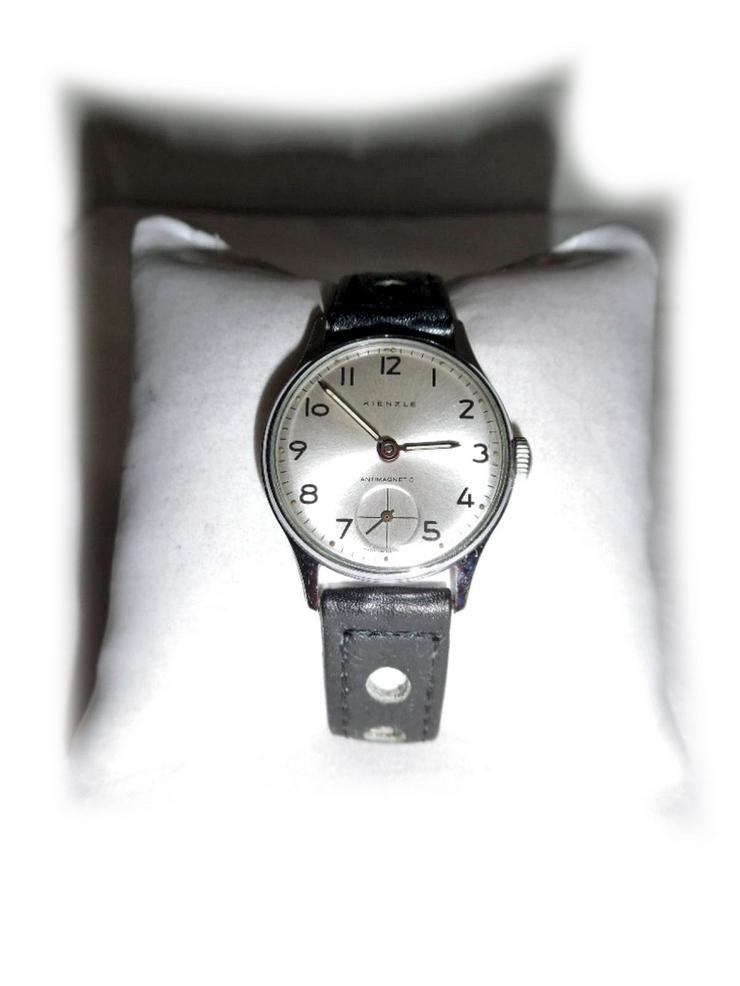 Elegante Armbanduhr von Kienzle