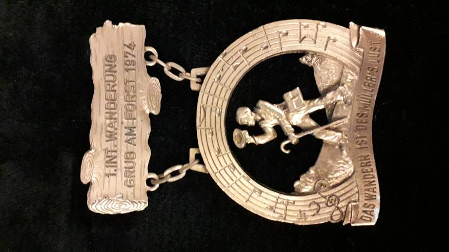 Wander-Medaille 1. Internationale Wanderung Grub am Forst