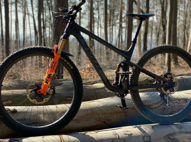Bild 2: Fahrrad Pivot Mach 4sl 2020 Fox factory 34 Carbon Laufräder 12kg grösse L