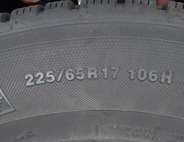 4 Winterreifen mit Alufelgen 225/65R17106 H Mazda