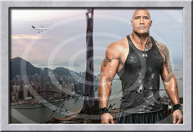 Bild 5: DWAYNE JOHNSON Hongkong Poster! Souvenir Deko Bild Geschenk Wandbild Starfoto  Andenken Dekoration Deko Selfie  Zimmerdeko Weihnachtsgeschenk