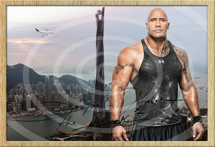 Bild 2: DWAYNE JOHNSON Hongkong Poster! Souvenir Deko Bild Geschenk Wandbild Starfoto  Andenken Dekoration Deko Selfie  Zimmerdeko Weihnachtsgeschenk
