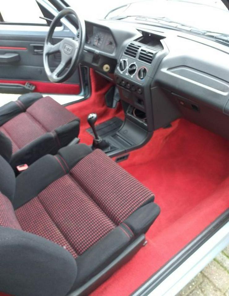 Bild 2: Peugeot 205 CTI