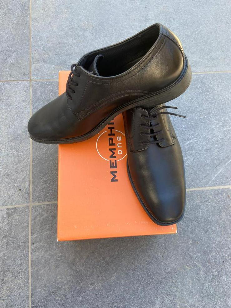 Bild 2: Festliche Schuhe