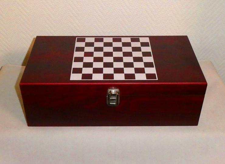 Geschenkbox Wein mit Zubehör und Schachspiel, Mühle, 2 x Skat