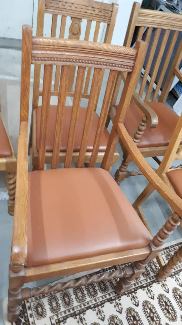 Holzstühle, mehrere vorhanden