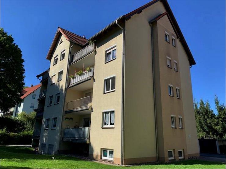 Gemütliche Wohnung in Hildburghausen mit 1 Garage, 1 Parkplatz und Balkon