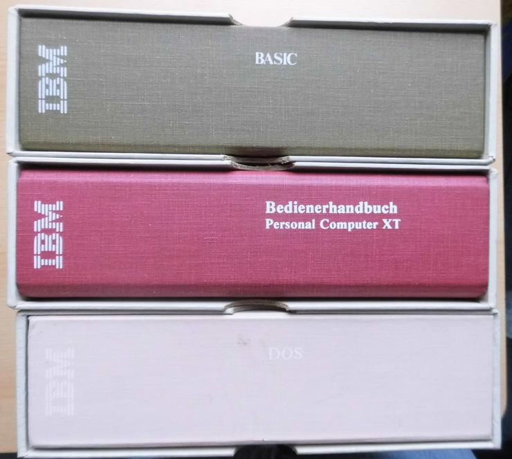 Drei Original - Handbücher von IBM für den Personal Computer XT, Ausgabe Februar 1983