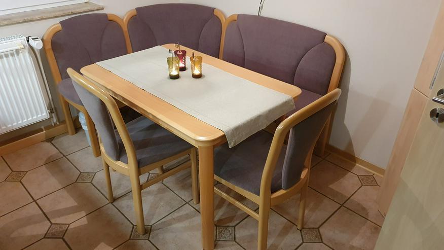 Bild 2: Eckbank + Tisch + 2 Stühle, Echtholz, sehr wertig + modern