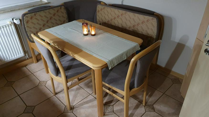 Bild 4: Eckbank + Tisch + 2 Stühle, Echtholz, sehr wertig + modern