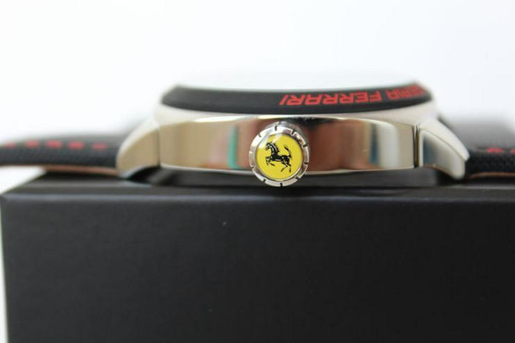 Bild 2: Ferrari UHR NEU und unbentzt