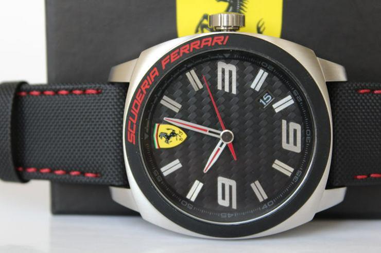 Ferrari UHR NEU und unbentzt