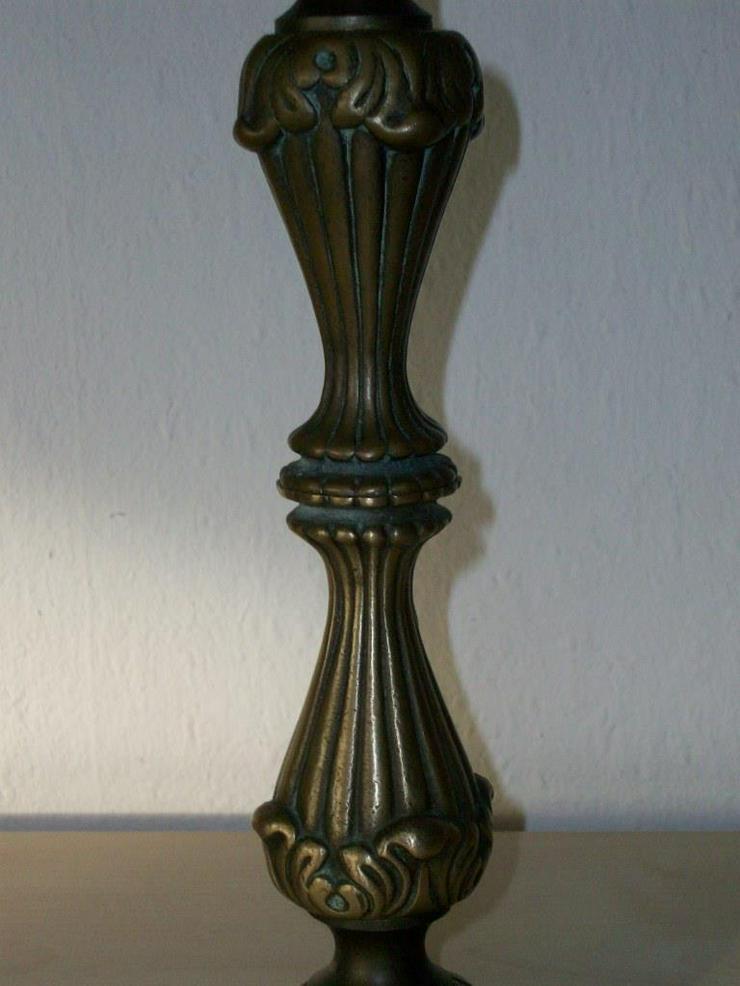 Bild 4: Messing Kerzenständer, alter Herkunft mit leicht Patina, Altmessing original