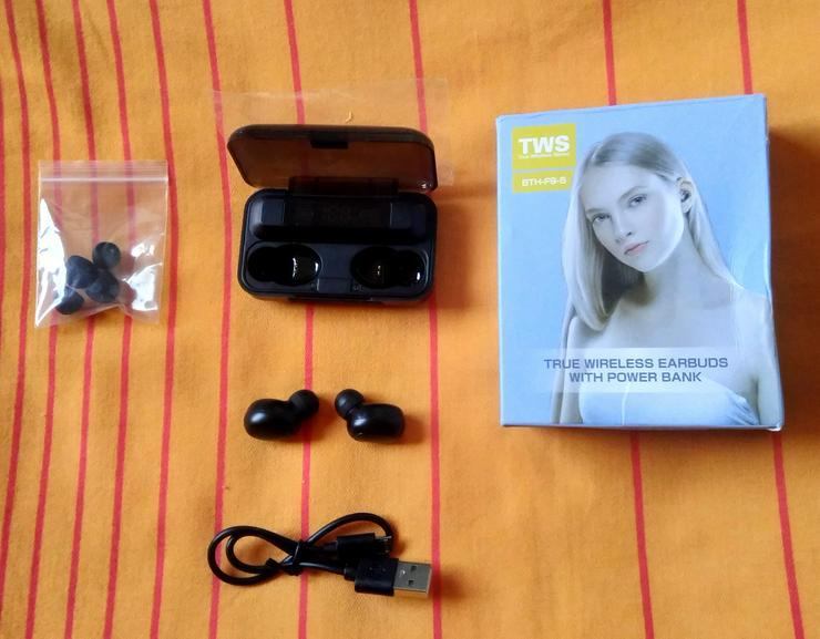 Bluetooth Headset mit Lade- und Aufbewahrungsbox 8000 mAH!!!