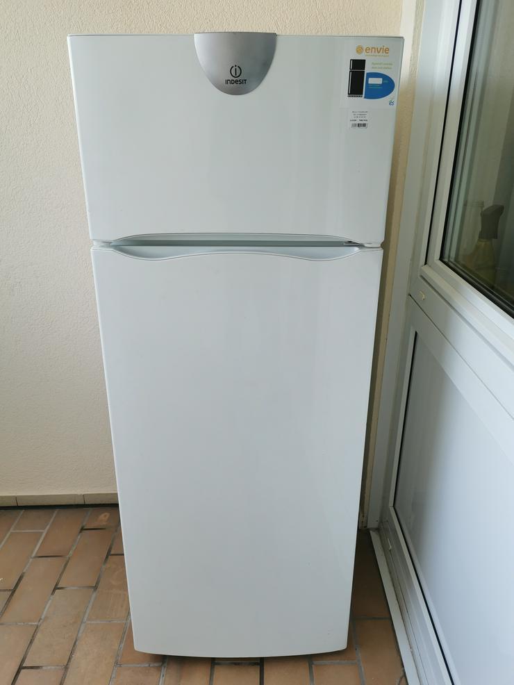 Kühlschrank INDESIT 140x55x60cm