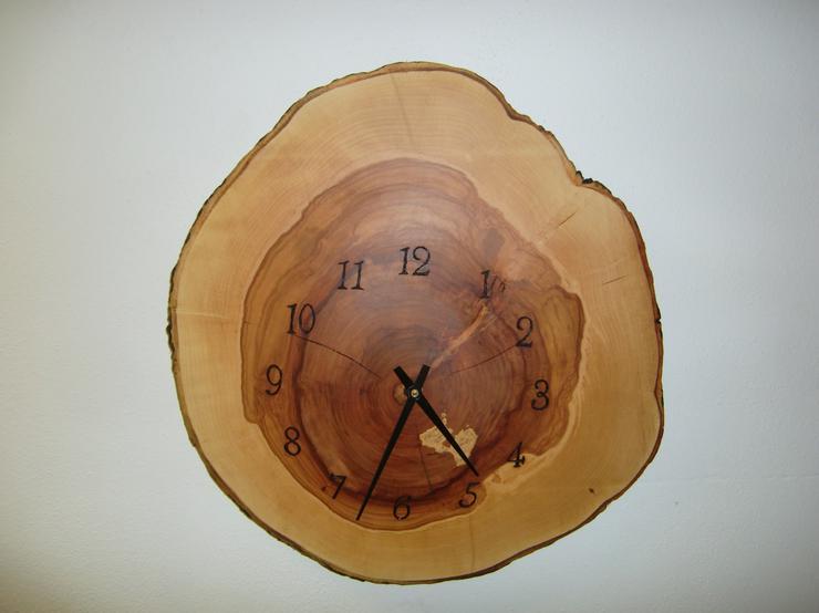 Wanduhr Apfelbaum 43 cm Junghans Uhrwerk Uhr Holzkunst Nr.1244