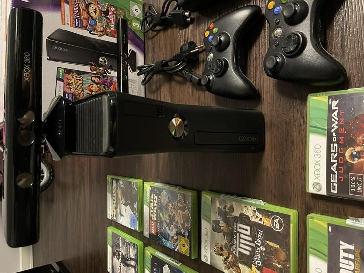 XBOX 360 mit Kinect und 2 Controller + 9 Spiele