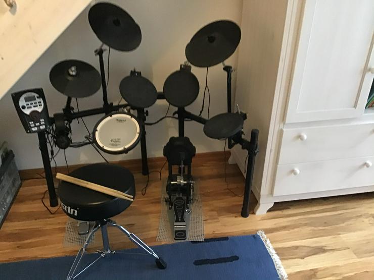 Roland TD-11K V-Drum Set V Compact Serien+ Zubehör