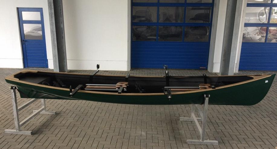 Bild 2: Traditional Trainer Zweier Ruderboot mit Rollsitzen