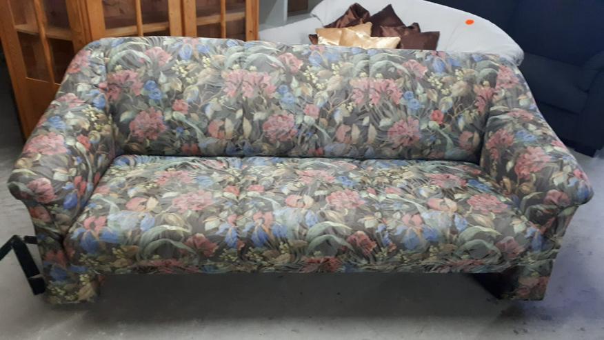 Couch/Sofa für 3 Personen, Stoffbezug, buntes Blumenmotiv