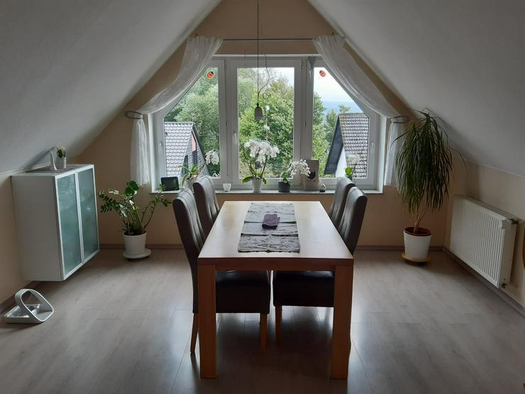Helle ruhige Dachgeschosswohnung in Höxter (Ortsteil Stahle)