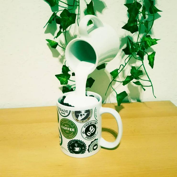 Bild 4: Schwebende Tasse