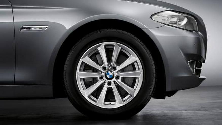 Bild 5: Winterreifen auf original BMW 5er Felgen 17 Zoll.