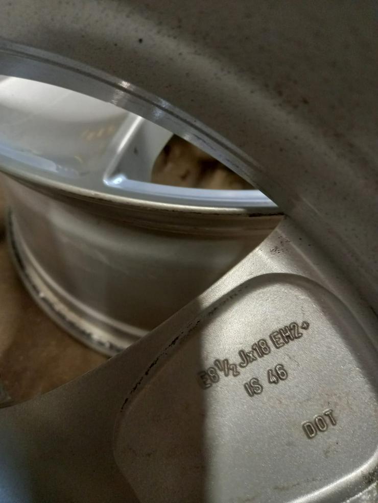 Bild 6: Satz original Felgen für BMW X5, 18 Zoll.