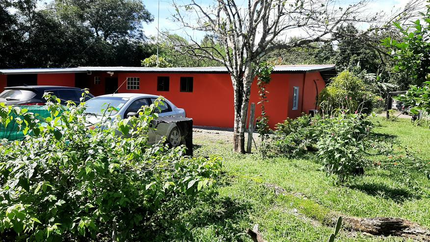 Sehr schönes 3 Zimmer Wohnhaus in Panama 10 Min. vom Pazifik Strand