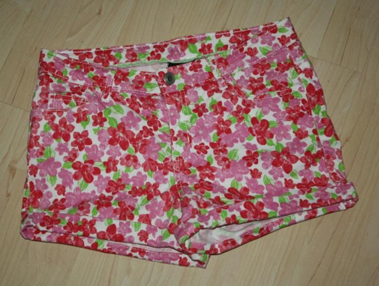 Kurze Mädchen Hose Kinder Bermuda Shorts kurz Hotpants Hot Pants Blumen Flower Sommerhose rosa/pink Gr. 152