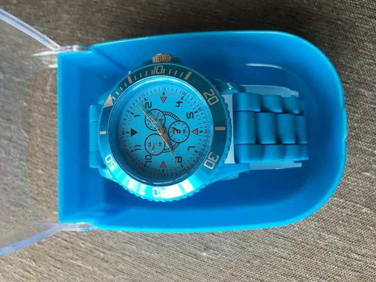 Armbanduhren und Wecker