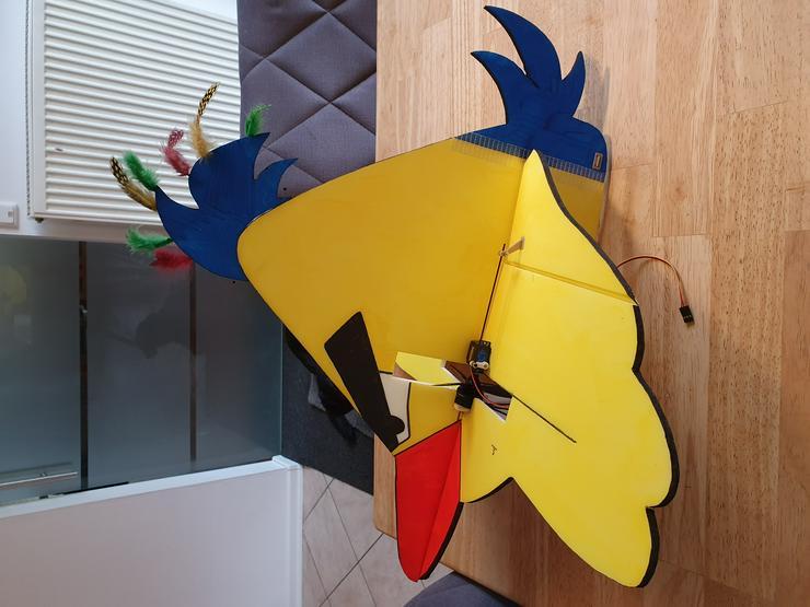 Top Angry Bird,fertig gebaut und lackiert inkl. Motor und Servos