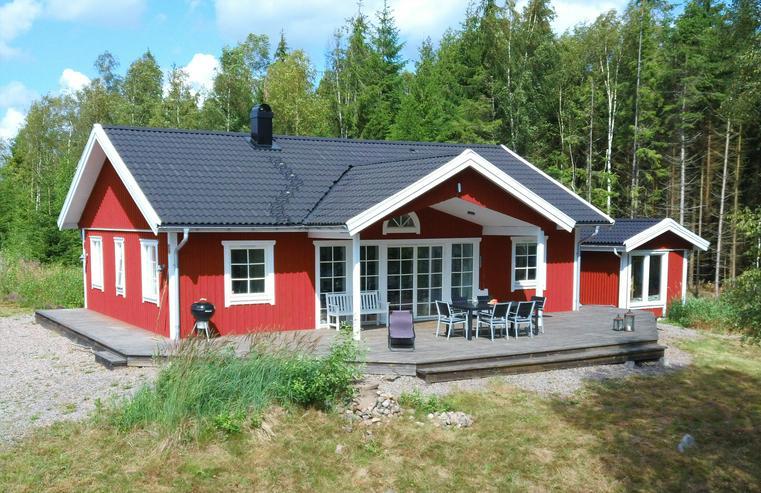 Luxuriöses Ferienhaus mit Blick auf See in Südschweden zu vermieten