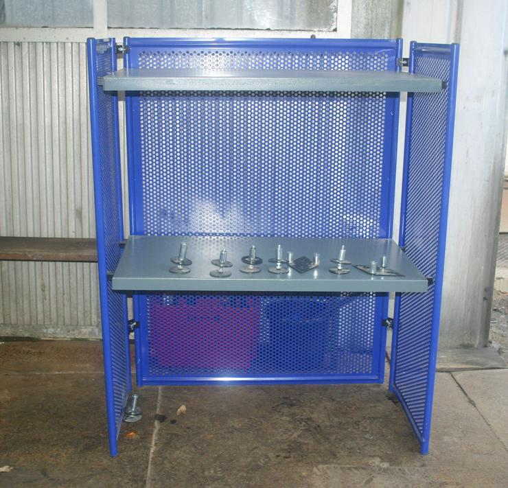Stabile Metallregale für Garage oder für den Keller