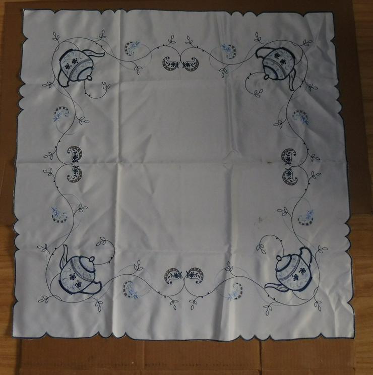 Viereckige Tischdecke / quadratisch 85X85 - mit Teekannen-Motiv